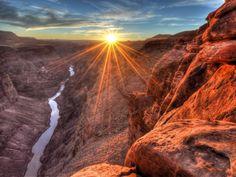 Marele Canion, Arizona este unul din cele 30 locuri incantatoare ale acestui articol pe care trebuie sa le vezi cel putin o data in viata. Macar in poze!