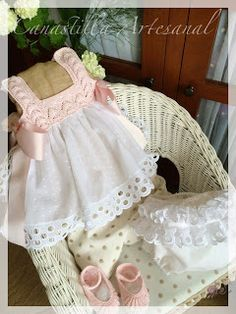 Handmade Baby Clothes, Baby Doll Clothes, Crochet Baby Clothes, Baby Summer Dresses, Little Girl Dresses, Baby Dress, Girls Dresses Sewing, Pull Bebe, Baby Bedding Sets