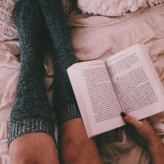 Love this moment, when all it's cozy and you're just smiling, and u don't care about nothing reading is so relaxing