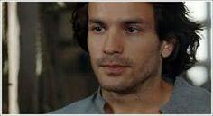 Santiago as Isaac from heros