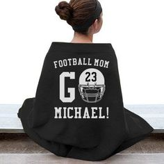 Are you a football mom and you don't have one but two kids who play school football. You can still customize a funny football mom shirt and blankets to show your support! Football Spirit, Football Cheer, Youth Football, Football Season, Football Moms, Football Crafts, Fall Football, Osu Baseball, Football Coaches
