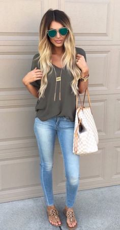 65 Best Ideas Stylish Fall Outfit That Women Should Be Owned 03925