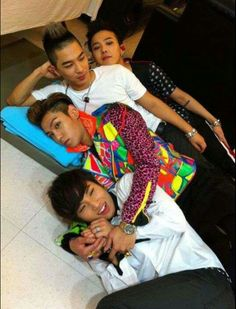 Bigbang♥ hahaha love these dorks so cute!!!