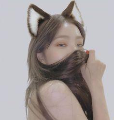 Wendy Red Velvet, Red Velvet Irene, Kpop Aesthetic, Aesthetic Girl, L Elf, Ulzzang, Red Valvet, Kpop Girl Bands, Redvelvet Kpop