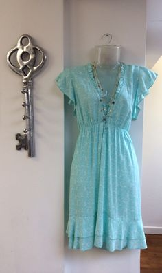 Flattering turquoise dress £32.00 and silver plate necklace £18.00 to wear with bare legs or jeans... - FREE DELIVERY!