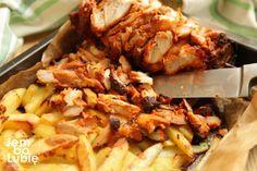 kebab-domowy-z-piekarnika-przepis-jak-zrobić-1 Morrisons, Chips Recipe, Food Places, Chicken Wings, Shrimp, Meat, Projects, Beef, Log Projects