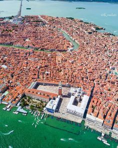 Venice city into its laguna, Italy Honeymoon, Italy Vacation, Honeymoon Destinations, Venice Travel, Italy Travel, Places To Travel, Places To Visit, Italy Winter, Italy Architecture