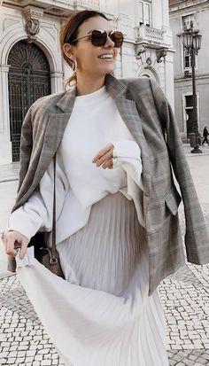 stylish look | white sweatshirt   midi skirt   bag   blazer