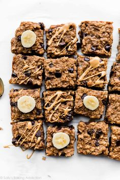 Peanut Butter Banana Chocolate Chip Oatmeal Bars - The Internet's Best Baking Recipes For When You're Stuck Indoors - It's Rosy Banana Oatmeal Bars, Peanut Butter Oatmeal Bars, Peanut Butter Banana, Oatmeal Squares Cereal Recipe, Oatmeal Cookies, Pan Cookies, Chocolate Chip Bars, Chocolate Chip Oatmeal, Baking Recipes
