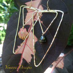 Asymmetrical Sunny Tahitian Pearl Double Angle Earrings