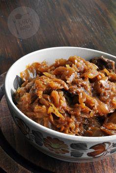 Kardamonovy: Pieczony bigos z wieprzowiną i powidłami