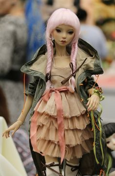Ran on the lines – That is how woman Leinen styles properly – Pregnancyx. Dolly Doll, Modern Asian, Polymer Clay Figures, Monster High Repaint, Russian Art, Anime Figures, Ooak Dolls, Ball Jointed Dolls, Little People