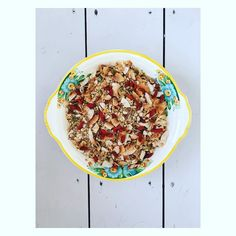 Homemade granola - goji berries seeds oats & coconut flakes - maple syrup & coconut oil - so much shop bought - and really easy to make! #nutureandgrow #homemadegranola #granola #chiaseeds #healthybreakfast #cleaneats #eatclean #plantbased #vegan #veganfoodshare #plantbaseddiet #healrhyfood #e17 #holistic