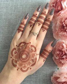 Modern Henna Designs, Latest Henna Designs, Henna Tattoo Designs Simple, Finger Henna Designs, Full Hand Mehndi Designs, Henna Art Designs, Mehndi Designs For Beginners, Mehndi Designs For Girls, Wedding Mehndi Designs