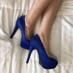 """Jessica Simpson deep indigo suede high heel pumps Super hot Jessica Simpson deep blue indigo high heel pumps. These are so comfortable to walk in! They have a 5"""" heel with 1.5"""" platform. Worn once for a few hours. In good condition. Jessica Simpson Shoes Heels"""