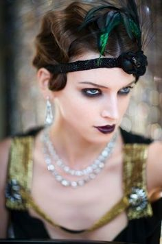Deep Gatsby makeup