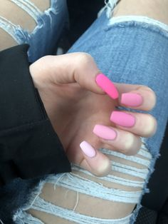 most popular acrylic nail designs you must try page 12 Lovely Nails lovely nails avenue Aycrlic Nails, Cute Nails, Pretty Nails, Hair And Nails, Coffin Nails, Nails 2018, Summer Acrylic Nails, Best Acrylic Nails, Summer Nails