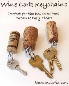Wine cork key chains. Perfect for Michigan, since they float! www.lmawby.com | idea found on: www.thekimsixfix.com