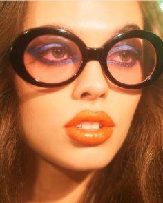 Makeup Inspo, Makeup Inspiration, Beauty Makeup, Face Makeup, Creative Inspiration, Retro Makeup, Vintage Makeup, 1970s Makeup, 70s Aesthetic