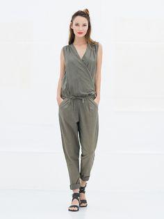 Jumpsuit Miss Green #capsule #wardrobe #capsulewardrobe #nukuhiva #duurzaam #fairfashion #amsterdam #utrecht