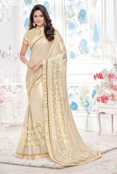 Buy Hug Collection of sarees Like Designer Saree,Wedding Sarees,Cotton Sarees,Party wear Saree and More For All Occasion And Festival, Shop Now Get Discount Up to Off Cash On Delivery Available ! Golden Saree, Indian Sarees Online, African Traditional Dresses, Latest Sarees, Beautiful Saree, Beautiful Gorgeous, Saree Wedding, Desi Wedding, Indian Ethnic Wear