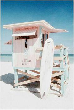Pastel Beach // Surfer Inspo // StyleMouse