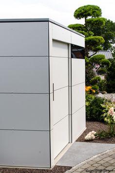 designgartenhaus @gart_zwei in Donauwörth white house - pure white; niemals streichen! by design@garten