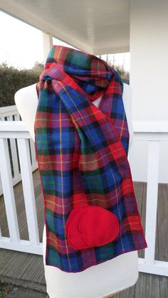 2348f9b838d1 écharpe foulard étole couverture femme laine bleu et rouge Snood Femme,  Laine Bleue, Foulard