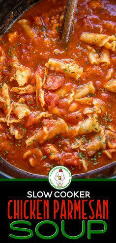 Slow Cooker Chicken Parmesan Soup - I wanted to lick the bowl this was so delici. Slow Cooker Huhn, Slow Cooker Soup, Slow Cooker Chicken, Slow Cooker Recipes, Cooking Recipes, Crockpot Recipes, Chicken Parmesan Soup Recipe, Chicken Recipes, Chicken Tomato Soup