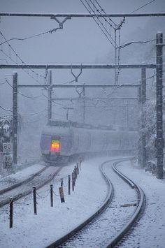 to snowy area,E351 Super Express  Azusa,Hachioji~Takao,Tokyo,Japan