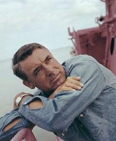 eldredpeck: Cary Grant, 1955.                                                                                                                                                                                 Mais