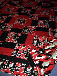 Georgia Bulldogs Quilt by RosehillQuilting on Etsy