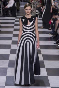Christian Dior Haute Couture весна-лето 2018 фото №15