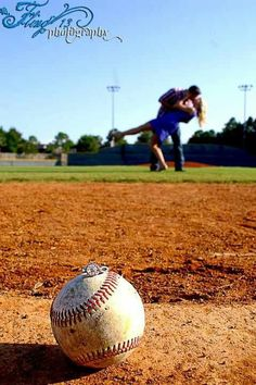 Engagement photos fling photography sports photography baseball softball