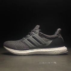 0e2293f82 Adidas Ultra Boost 4.0 Clover weave classic running shoes casual shoes gray  (men s shoes)