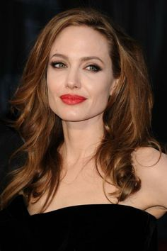 Angelina Jolie - hair & red lipstick