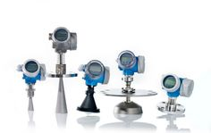 The Micropilot FMR5X series of free space radar level transmitters can be used for level measurement of liquids and bulk solids products.