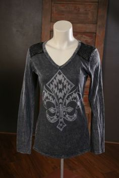 VOCAL Ladies Long Sleeve Top Style 7225L Size Large NWT Black and Grey Bling