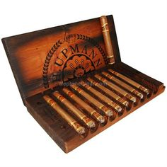 H. Upmann Legacy Toro with Wood Press
