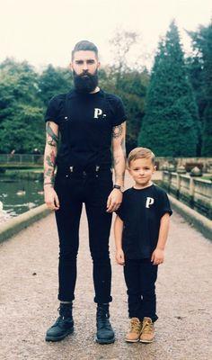 papá e hijo vestidos iguales