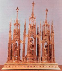 Three Towers Reliquary 1370-90 Chased and gilded silver, enamel and gems, height 94 cm Cathedral Treasury, Aachen
