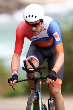 Tom Dumoulin takes Silver Men's Individual Time Trial Rio Olympic Games 2016 / Getty Images