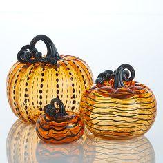 Halloween Themes, Fall Halloween, Halloween Crafts, Spooky Pumpkin, Pumpkin Carving, Fall Decor, Holiday Decor, Holiday Ideas, Glass Pumpkins