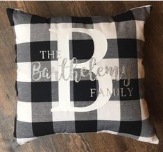 Fall Pillows, Throw Pillows, Burlap Pillows, Plaid Living Room, Blue Christmas Decor, Christmas Cover, Plaid Christmas, Christmas 2019, Fall Plaid