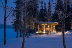 Villa Vuosselinranta, equipped with full amenities and quality furnishings, is located by the lake. Chalet includes five separate bedrooms for 10 people. Villas, Sauna House, Luxury Holidays, Cabin, House Styles, Outdoor, Lake Houses, Chalets, Finland