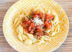 Gojee - Fresh Tomato Basil Pasta Sauce by Munchin with Munchkin
