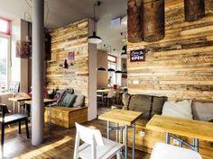 Všimnite si inštalačné rúrky #ASB #industrial #design #café