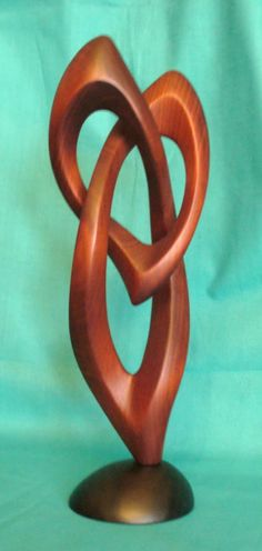 y Sculpture Clay, Abstract Sculpture, Stone Carving, Wood Carving, Creative Flower Arrangements, Glass Holders, Wood Creations, Pattern Art, Wood Art