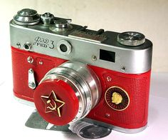 USSR Vintage Red Star FED-3 camera Russian LEICA -from RussianVintage. via Etsy.