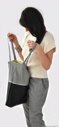 """Le sac """"Deauville"""" et sa #pochette réalisés en tissu Planète Vasarely – escalier noir et blanc #ladroguerie"""